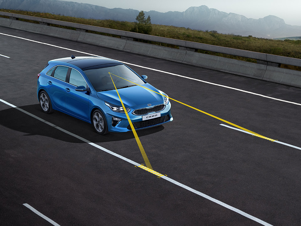 Kia Ceed lane keep assist system