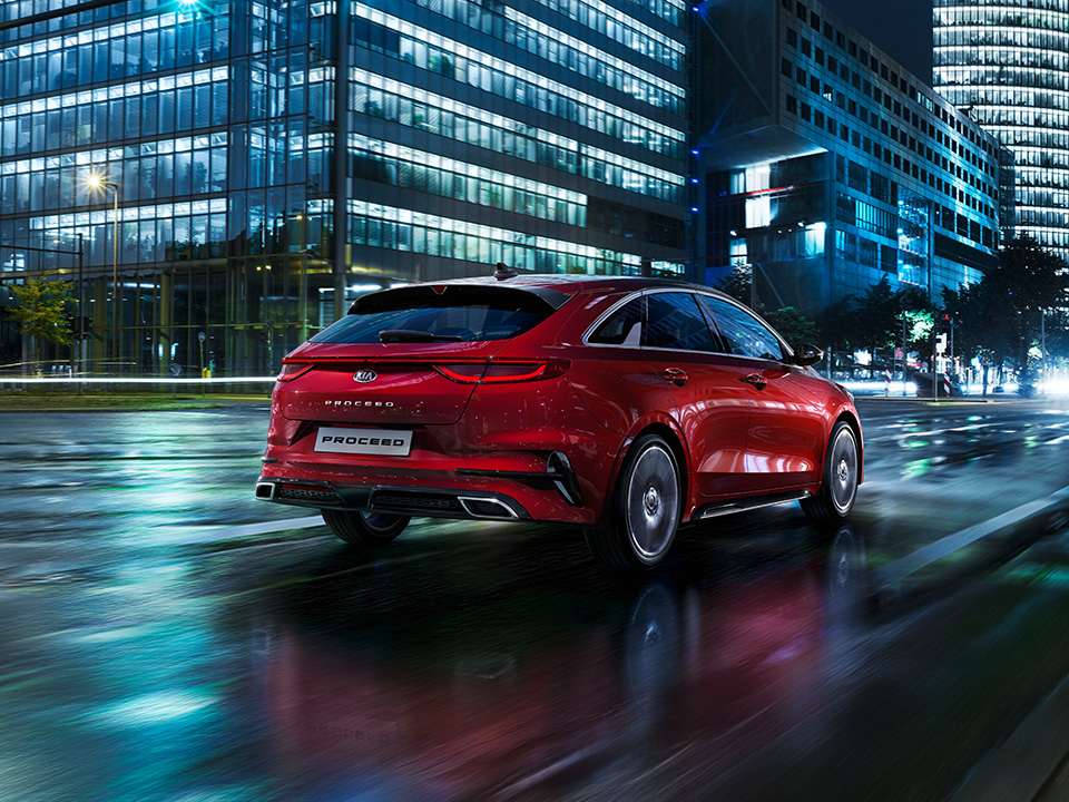 Kia ProCeed sporty familiebil