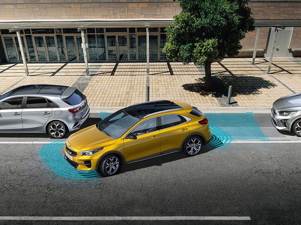 Kia XCeed with smart parking assist